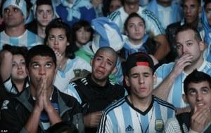 अर्जेंटीना के मायूस चेहरे